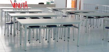 bàn ghế có đệm tròn khu công nghiệp